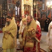 Заупокойна литургия за патриарх Максим в Троянската света обител_1