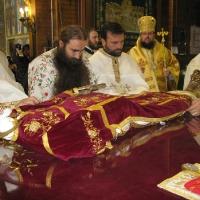 бяха преоблечени мощите на св. крал Стефан Милутин_8