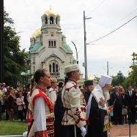 Българският патриарх Неофит освети новопостроения паметник на цар Самуил_2