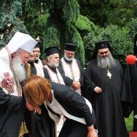 Българският патриарх Неофит освети новопостроения паметник на цар Самуил_6