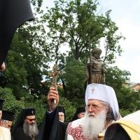 Българският патриарх Неофит освети новопостроения паметник на цар Самуил_8