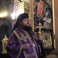 Браницкият еп. Григорий отслужи първата преждеосвещена литургия _1