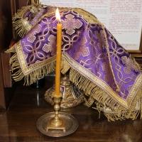 Браницкият еп. Григорий отслужи първата преждеосвещена литургия _9