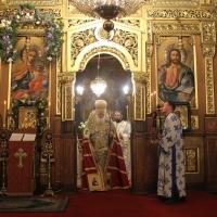 Българският патриарх Неофит отслужи първата част на Богородичния акатист_10