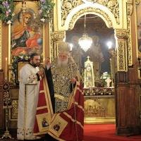 Българският патриарх Неофит отслужи първата част на Богородичния акатист_14