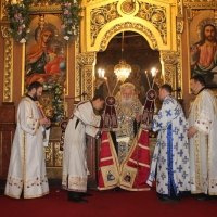 Българският патриарх Неофит отслужи първата част на Богородичния акатист_17