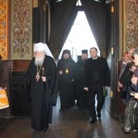 Българският патриарх Неофит отслужи първата част на Богородичния акатист_1