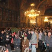 Българският патриарх Неофит отслужи първата част на Богородичния акатист_20