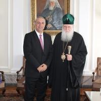 Българският патриарх Неофит се срещна с футболната легенда Христо Стоичков_8