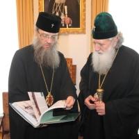 Българският патриарх Неофит се срещна със Запорожския и Мелитополския архиепископ Лука_16