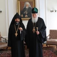 Българският патриарх Неофит прие днес първия архиерей на Арменската епархия в България Исахк Бохосян_5