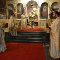 Архиерейска св. Литургия на южния престол на катедралата Св. Александър Невски