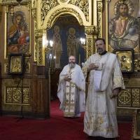 Ставрофорен иконом Ангел Ангелов и протодякон Иван Петков