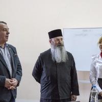 Проф. Омарчевски и отец-проф. Григориос Папатомас с преводачката и докторантка Силва Маринова