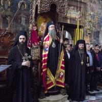 Негово Високопреосвещенство митрополит Николай заедно със своите викарийни епископи