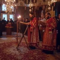 Евангелски четива на литургията - двама дякони, за текста на гръцки и църковнославянски