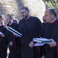 Празничното литийно шествие - част от певците