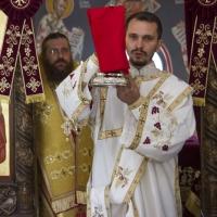 Архиерейска св. Литургия в новоосветения храм Св. Козма и Дамян