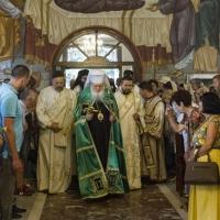 Посрещане на патриарх Неофит в храм Преображение Господне
