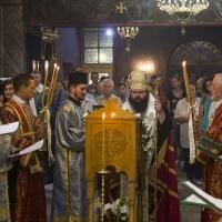 Изпълнение на Богородичния канон в храм Св. Богородица - Животворен източник