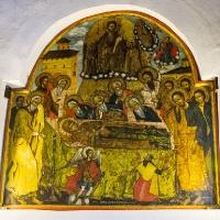 Икона на Успение Богородично над входа на храма