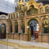 В храм Св. ап. Петър и Павел
