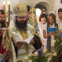 Съборно изпълнение на Богородичния канон в храм Св. Петър и Павел