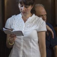 Много миряни се присъединиха към изпълненито на канона на български език