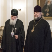 Българският патриарх Неофит с Виницкия и Барски митрополит Симеон