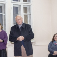 Проф. Киров (в средата) говори за своя учебник