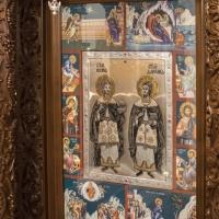 Икона на св. безсребреници и чудотворци Козма и Дамян
