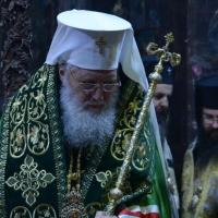 Заупокойно богослужение за патриарх Максим в Троянския манастир