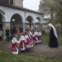 Посрещане на патриарх Неофит в Костенец