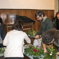 Подготвяне на украсата за св. Климент Охридски