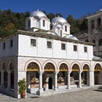 Главната църква Св. Въведение Богородично на девическия манастир Св. Богородица Икосифиниса