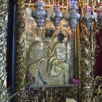 Чудотворната икона на Пресвета Богородица - Икосифиниса