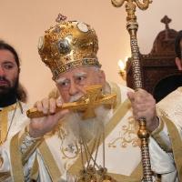 Негово Светейшество при освещаването на храм Св. Марина