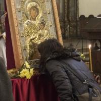 Поклонение пред Иверската икона в храм Св. Параскева