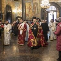 Посрещане на епископ Тихон в храм Св. Неделя