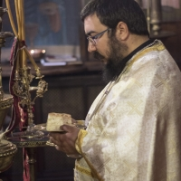 Новият свещеник Марио Михов