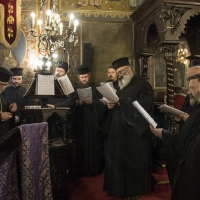 Свещеническият хор на певницата