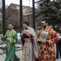 Литията от Богословския факултет до Св. София и обратно