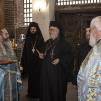 Посрещане на епископ Тихон в храм Св. София