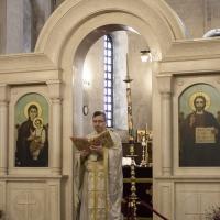 Евангелско четиво на утренята, с иконом Йоан Чикалов