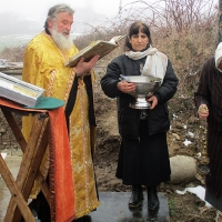 Нов параклис в Долна Баня
